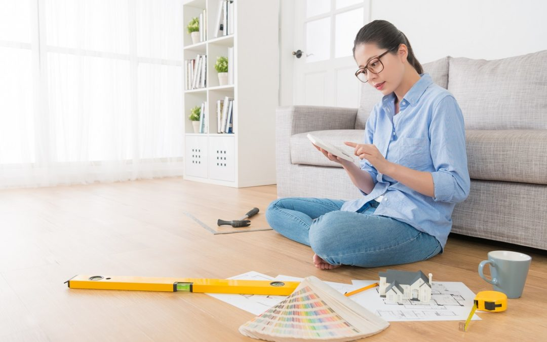 Why Hiring a Renovation Contractor Can Actually Save You Money